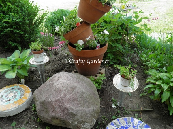 stepping stones at craftygardener.ca