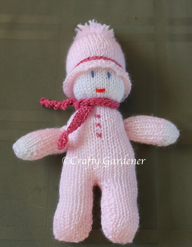 knitted dolly at craftygardener.ca