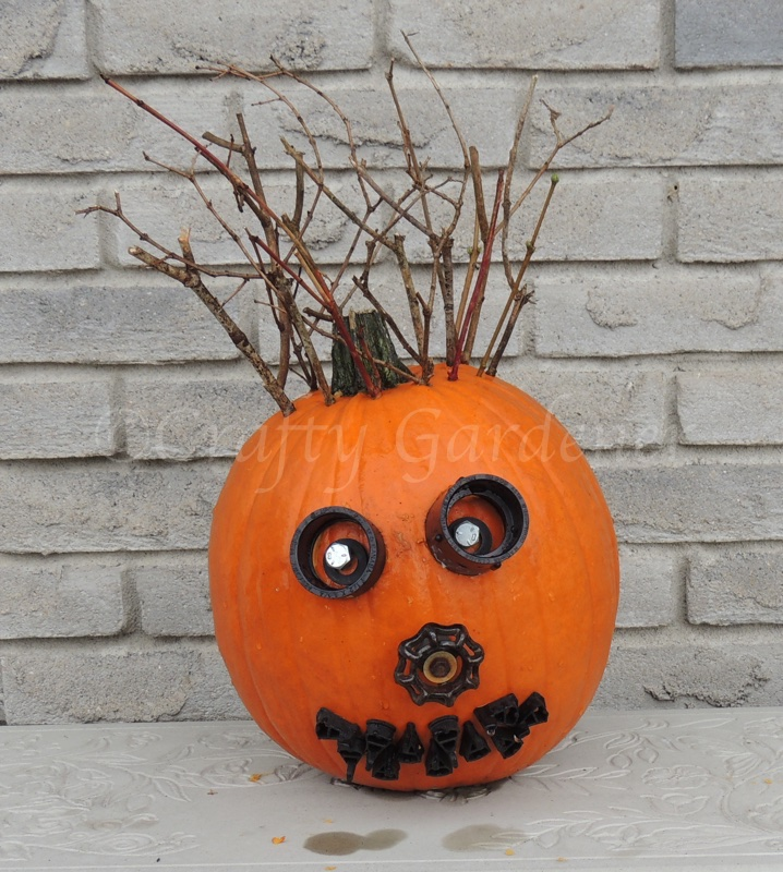 Mr Bits & Pieces, the pumpkin head at craftygardener.ca