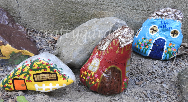 painting rock houses at craftygardener.ca