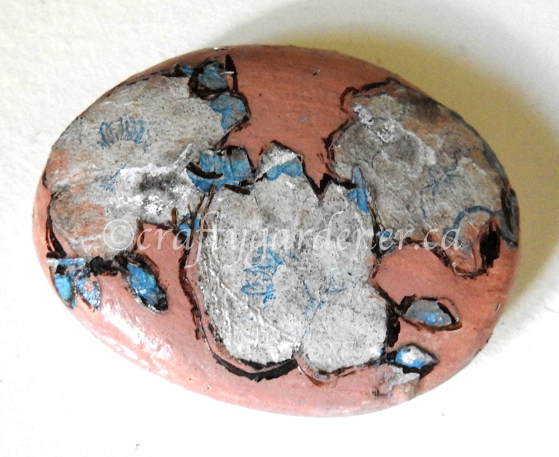 how to decoupage rocks at craftygardener.ca