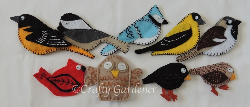 http://www.craftygardener.ca/stitching-little-felt-birds/