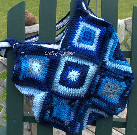 blue granny square bag at craftygardener.ca