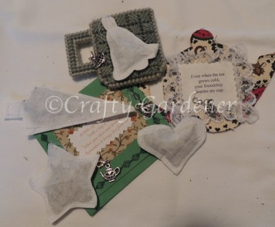 making festive teabags at craftygardener.ca