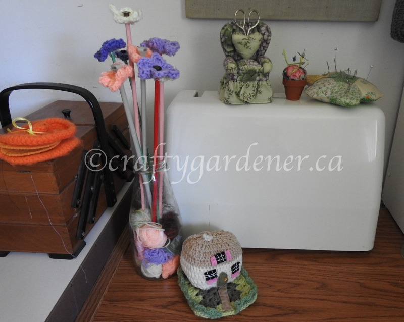 the craft room at craftygardener.ca