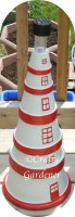 turn clay pots into a lighthouse at creaftygardener.ca