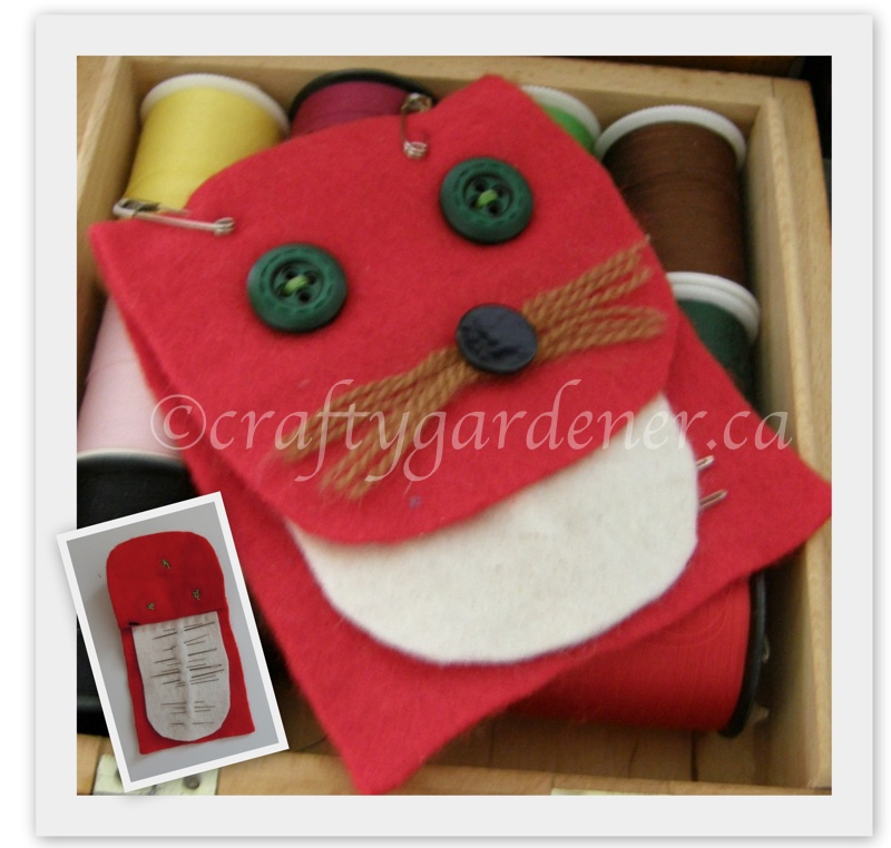 a felt needle case at craftygardener.ca