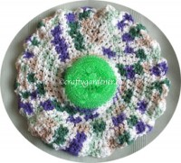 a round dish cloth scrubbie from craftygardener.ca