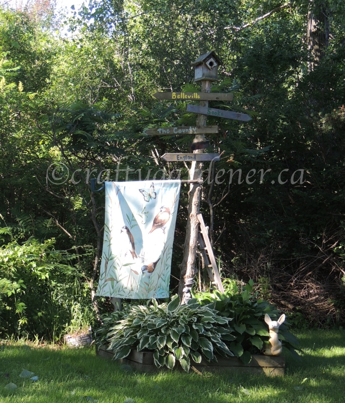 sign post garden at craftygardener.ca