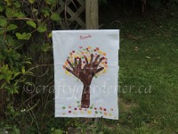 making a garden flag at craftygardener.ca