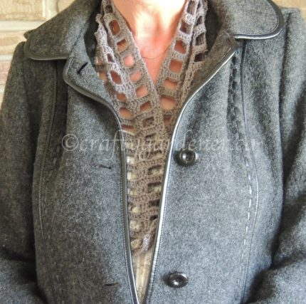 the stacked squares scarf at craftygardener.ca