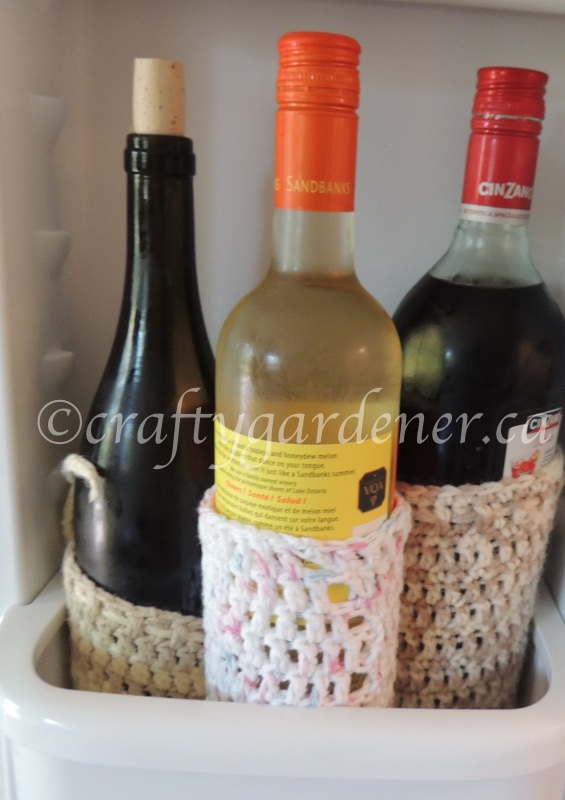 wine bottle cozies at craftygardener.ca