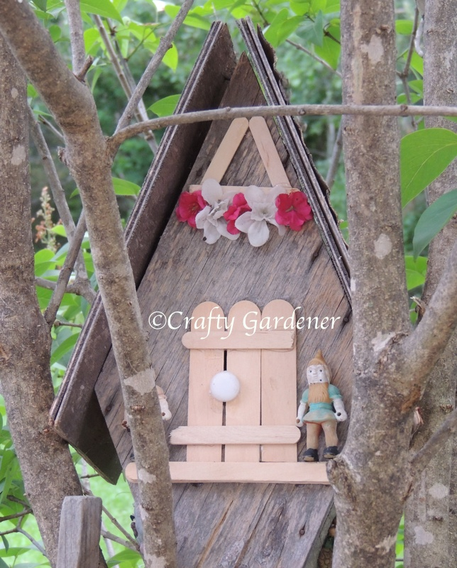 a little gnome home at craftygardener.ca