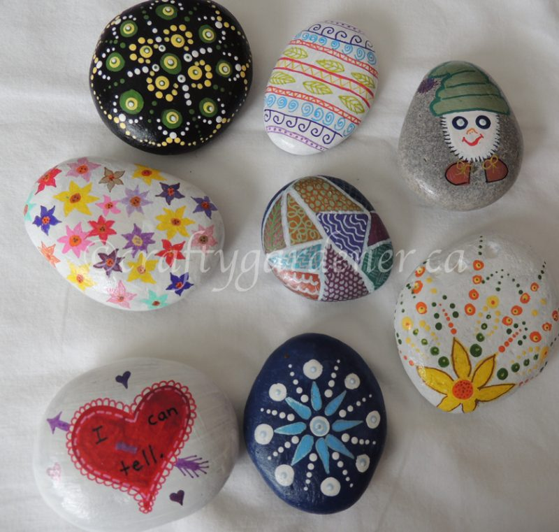 painting rocks at craftygardener.ca