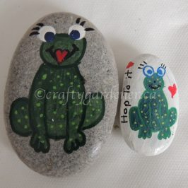 painting rocks at craftygrdener.ca