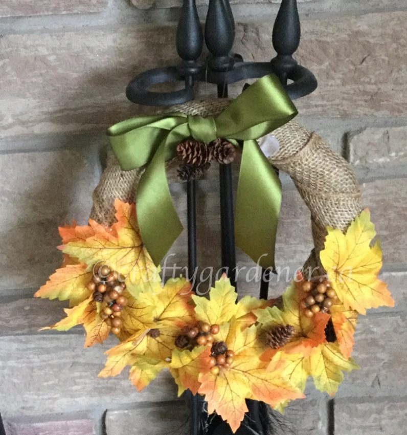 making a fall wreath at craftygardener.ca