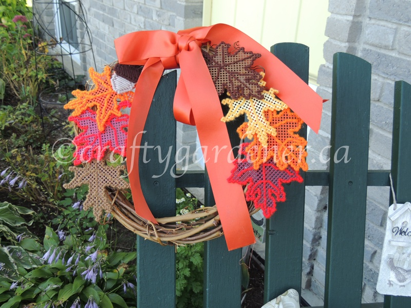 a fall leaf wreath at craftygardener.ca
