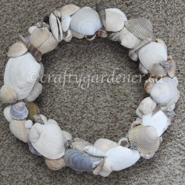Making a Shell Wreath
